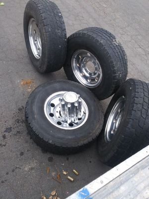 Llantas para troca ford en buenas condiciones for Sale in Denver, CO