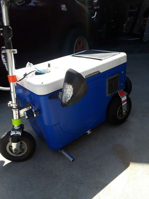Cruesin cooler for Sale in Buena Park, CA