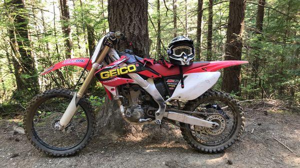 2004 Honda CRF250R dirt bike-motorcycle for Sale in ...