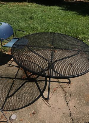 Patio Furniture Circle Round Table Two End Tables Diffe Items Pricing For In Pensacola