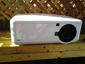 Nec np4100w projector for Sale in San Francisco, CA
