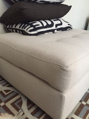 Ottoman for Sale in Fairfield, OH