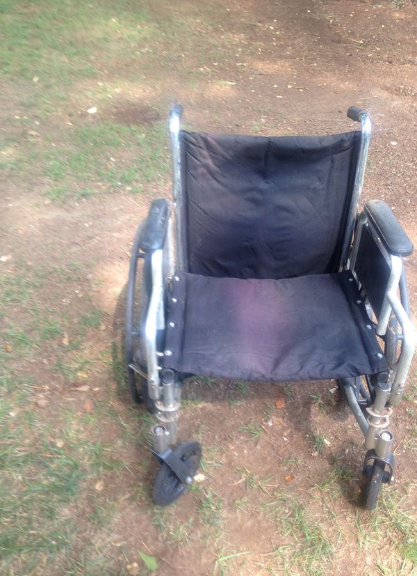 Dura Care XW 20x18 Wheelchair for Sale in Charlotte, NC - OfferUp