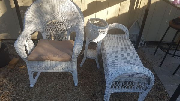 Very nice antique wicker furniture set all three pieces forty bucks - Very Nice Antique Wicker Furniture Set All Three Pieces Forty Bucks For
