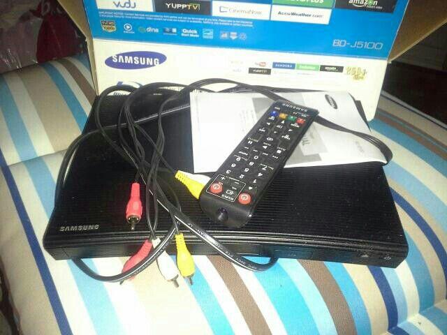 Samsung Combo Blu-ray DVD