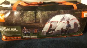 tent never used. 250 dollar tent. for 100 for Sale in Las Vegas, NV