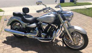 2009 Yamaha Roadliner S 1900 cc custom for Sale in Kissimmee, FL
