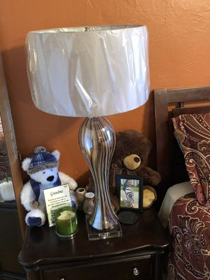 Items for sale. Two lamps @$100.00, pictures $20 each (big). 4 Bar stools @ $$175 total for Sale in Miami, FL