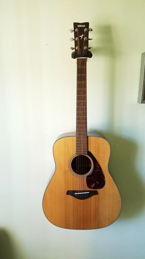 Yamaha acoustic guitar FG700S for Sale in Orlando, FL