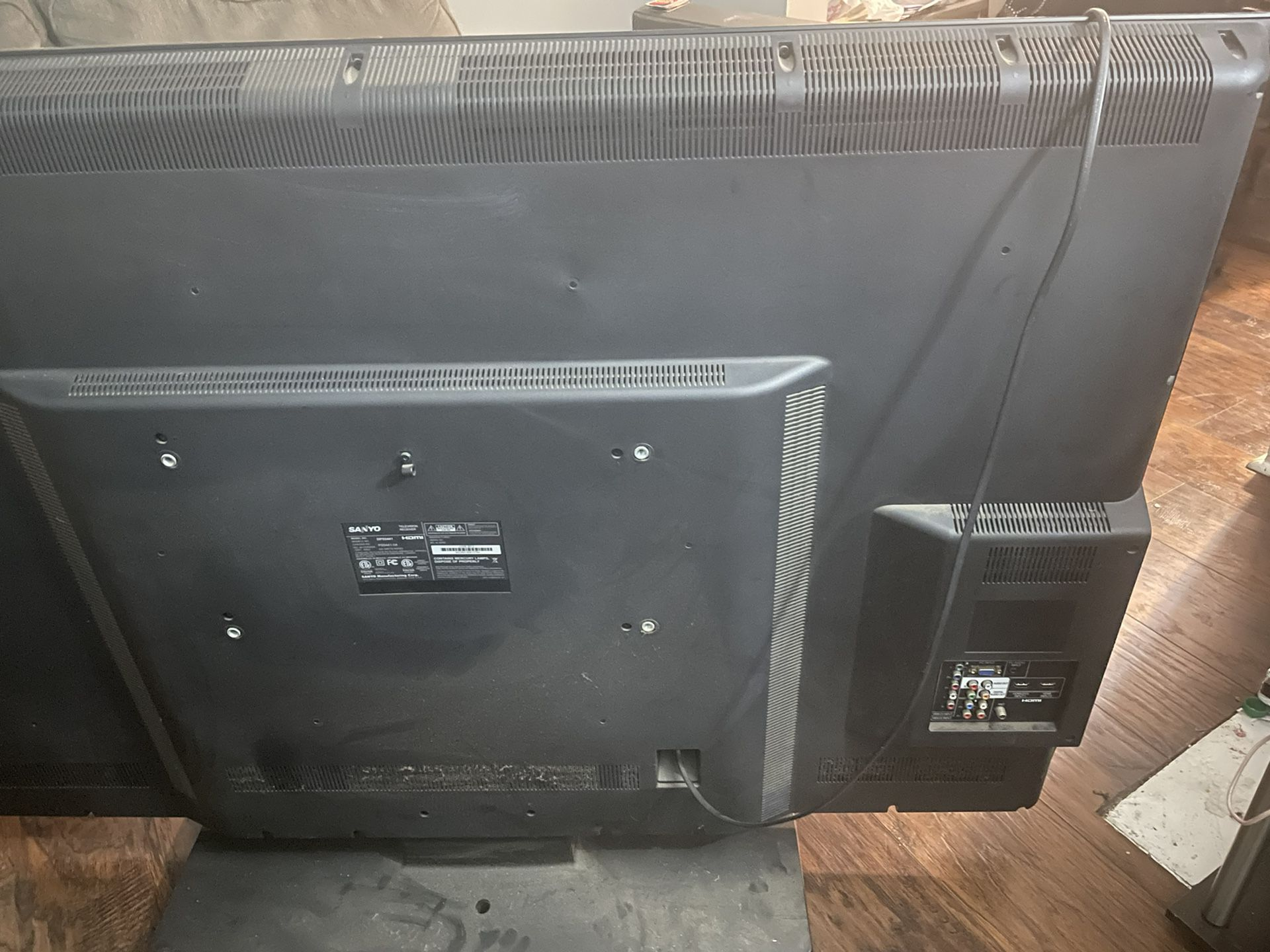 Sanyo 55' Television. Great Condition