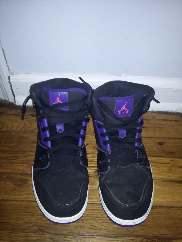 new style 5c3f0 92b11 Nike Air Jordan 1 Flight Basketball Shoes (Antiques) in Knoxville, TN -  OfferUp