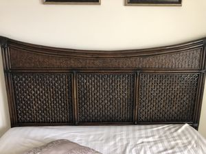 Queen bed (headboard+ mattress+ bed frame ) for Sale in South Riding, VA