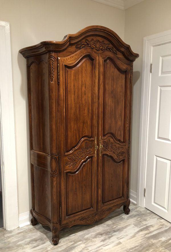 - Antique Furniture/Wardrobe (Furniture) In Los Angeles, CA - OfferUp