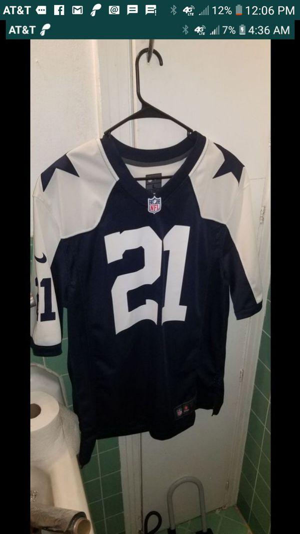 timeless design cb260 0e94c Dallas Cowboys Ezekiel Elliott jersey for Sale in Houston, TX - OfferUp