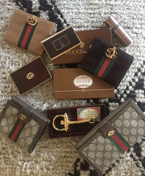 75c71ba0c934 New and Used Supreme wallet for Sale in San Diego, CA - OfferUp