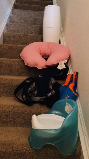 Diaper Genie, kangaroo bag , boppy pillow for Sale in Herndon, VA