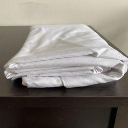 Twin xl white sheet Thumbnail