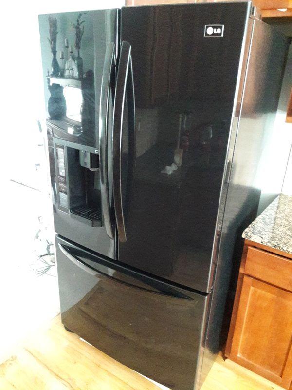 LG French Door Refridgerator **NEEDS COMPRESSOR** for Sale in Canton, GA -  OfferUp