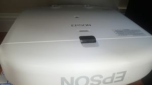 Epson powerlite pro projector with screen for Sale in Seattle, WA