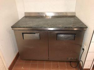 True commercial 2 door worktop refrigerator fridge for Sale in Washington, DC