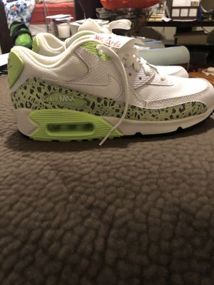 Brand New Nike Air Max 90 size 7 for Sale in Pittsburgh, PA