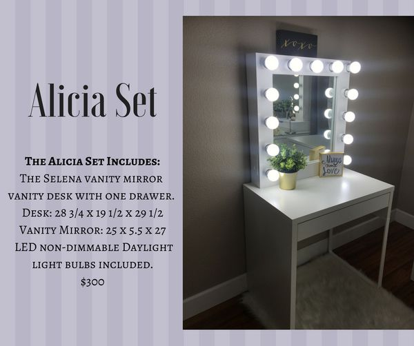 Lighted Mirror And Desk Vanity Set For Sale In Fresno Ca Offerup