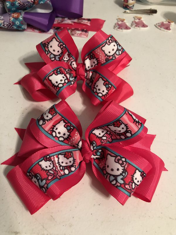 0f21461bf Hello Kitty Hair bows $5 each for Sale in Compton, CA - OfferUp