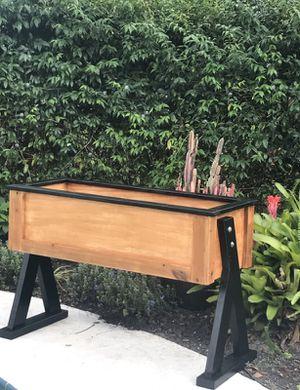 Beautiful Garden Box for Sale in Winter Park, FL