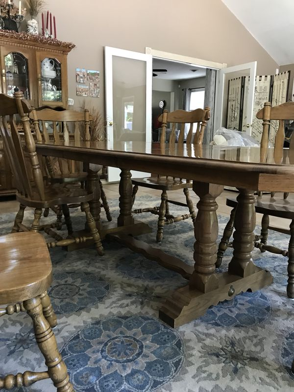 Kincaid Solid Oak Dining Room Set. Cash and carry, no PayPal, no checks, no  cashier checks! for Sale in Lacey Township, NJ - OfferUp