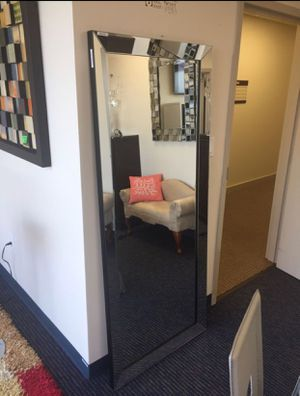 "FLOOR MIRROR 30""x70""NEW in box NUEVO en caja for Sale in Miramar, FL"