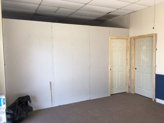 Sheetrock texture and paint remodeling Thumbnail
