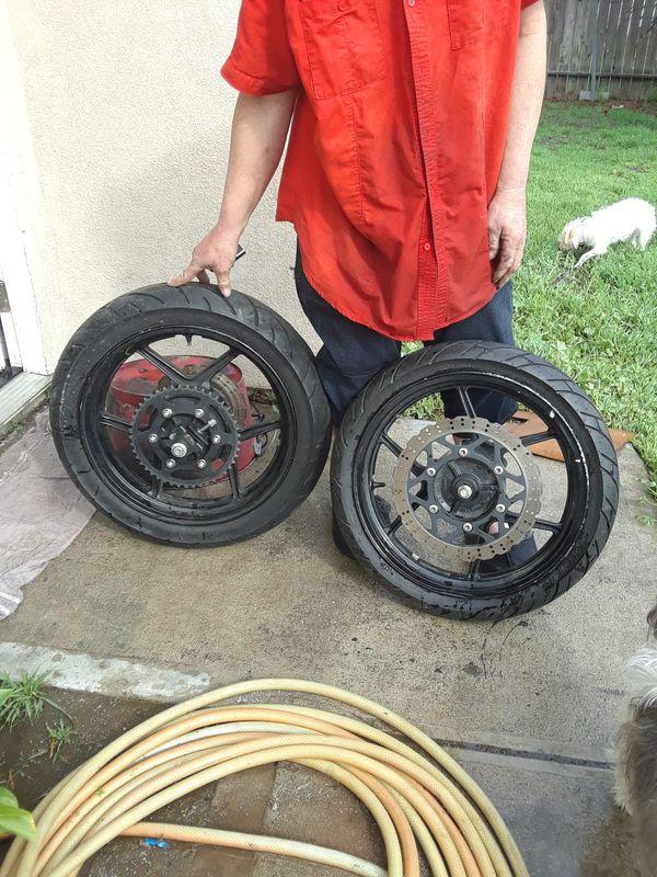 Kawasaki 250 Ninja Motorcycle Yr 2011 Seat And Rims And Tires For
