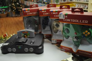 Nintendo 64 Holiday Bundle for Sale in Clearwater, FL