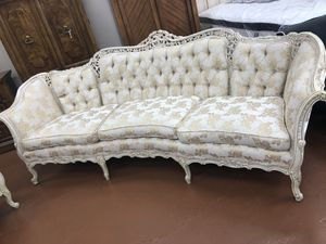 Antique sofa & chair for Sale in Chicago, IL