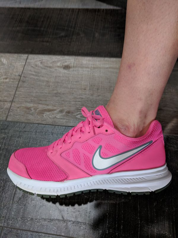 f928349ee3c4 Women s Nike size 7 for Sale in Fort Worth
