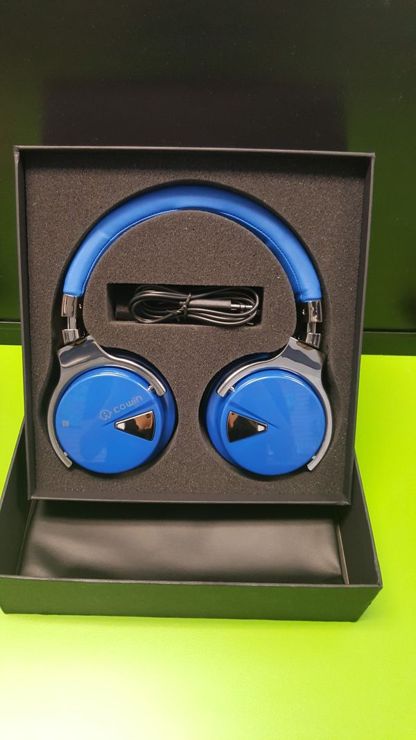 Cowin E7 bluetooth headphones for Sale in Lexington, KY - OfferUp