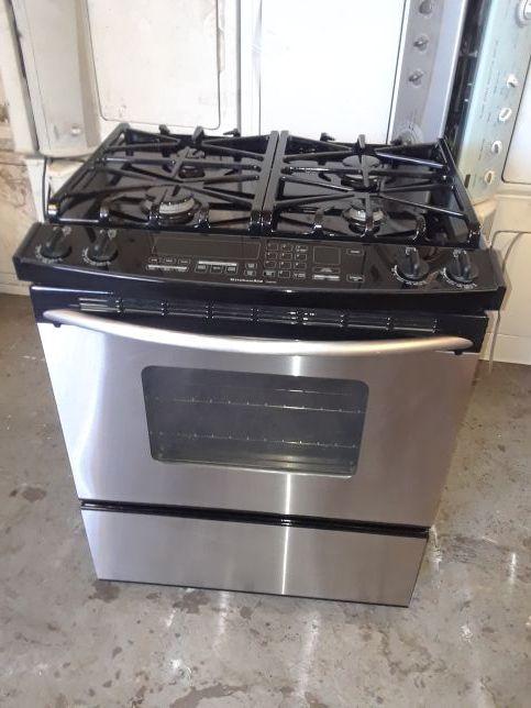 Gas stove kitchen aid good condition 90 days warranty estufa de gas marca  kitchen aid buenas condiciones 90 dias de garantia for Sale in San Leandro,  ...