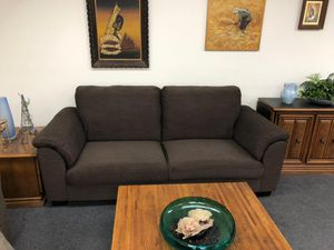 Excellent condition super clean no pets free. for Sale in Anaheim, CA