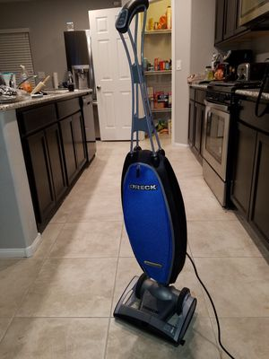 Las Vegas Nv Oreck Vacuum Swivel Like New With Bags For In Us