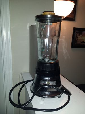 Kitchen classics Waring blender for Sale in Sterling, VA