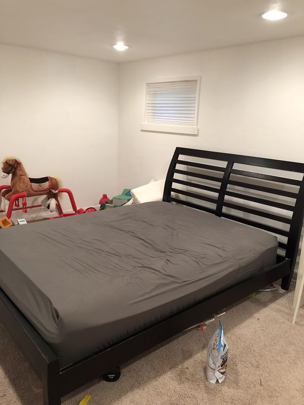 Queen Bed Frame For Sale In Seattle Wa Offerup
