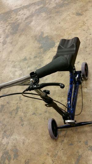 Knee walker like new for Sale in Lincolnia, VA