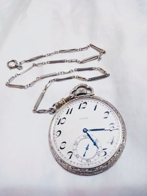 Photo 1930 ELGIN. Gr303* model 3 * 7 jewel. 12s size (.585)*14k Wh.Gold. W/ 13 14k Solid W.G. Chain **not running, no glass**