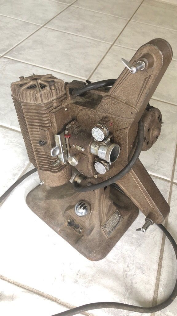 Vintage Keystone 8mm projector for Sale in North Haven, CT - OfferUp