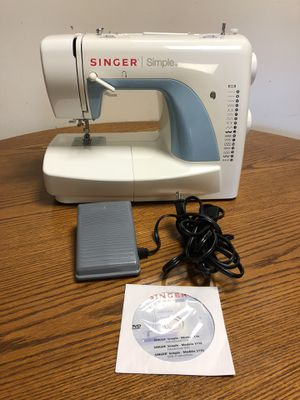 Singer Model 3116 sewing machine for Sale in Gaithersburg, MD