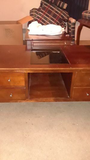 Coffee table..end tables available too for Sale in Montgomery Village, MD