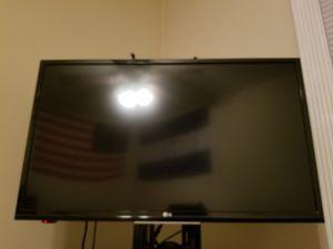 TV LG 32 inches for Sale in Alexandria, VA