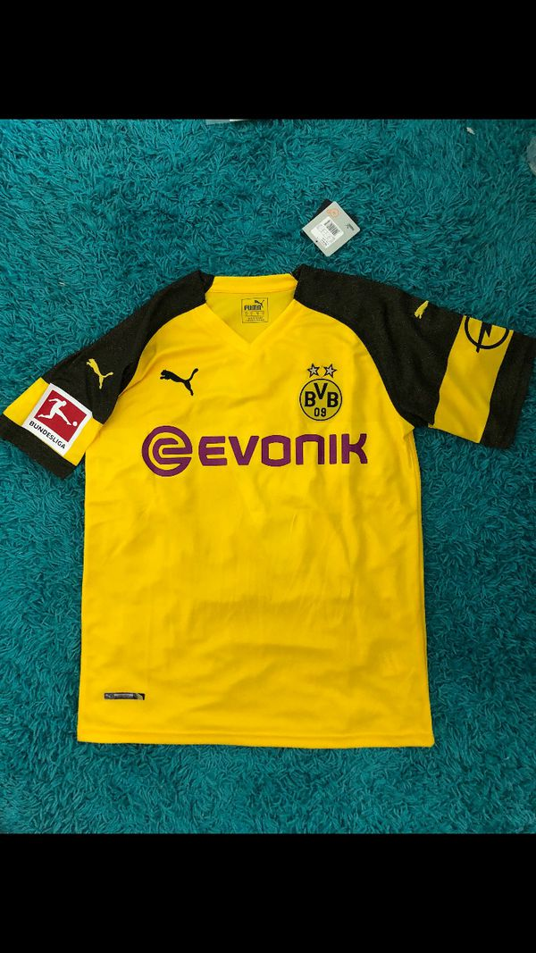 premium selection dd6d6 8c780 Marco Reus BVB home kit for Sale in Chicago, IL - OfferUp