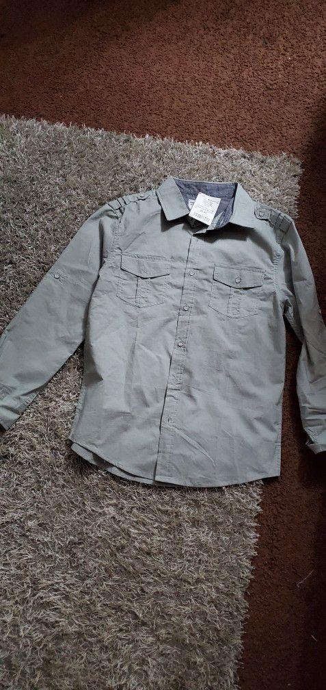 Camisas Usadas Como Nuevas Size 10  A. 12 $5 Las Nuevas $3 LAS USADAS  Aprovecha