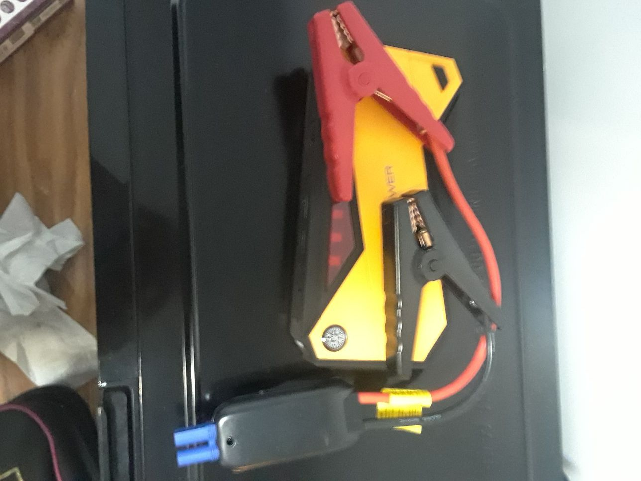 DBPOWER..JUMP STARTER PORTABLE CHARGER